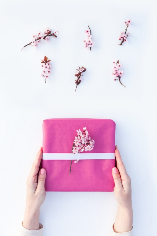 Gift wrapping step by step